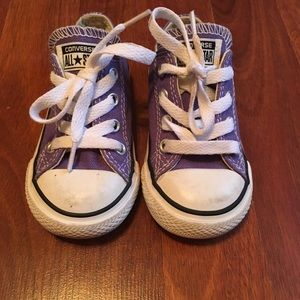 Converse toddler size 6 shoes. Purple